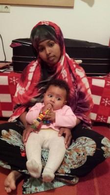 Samira mit Kind